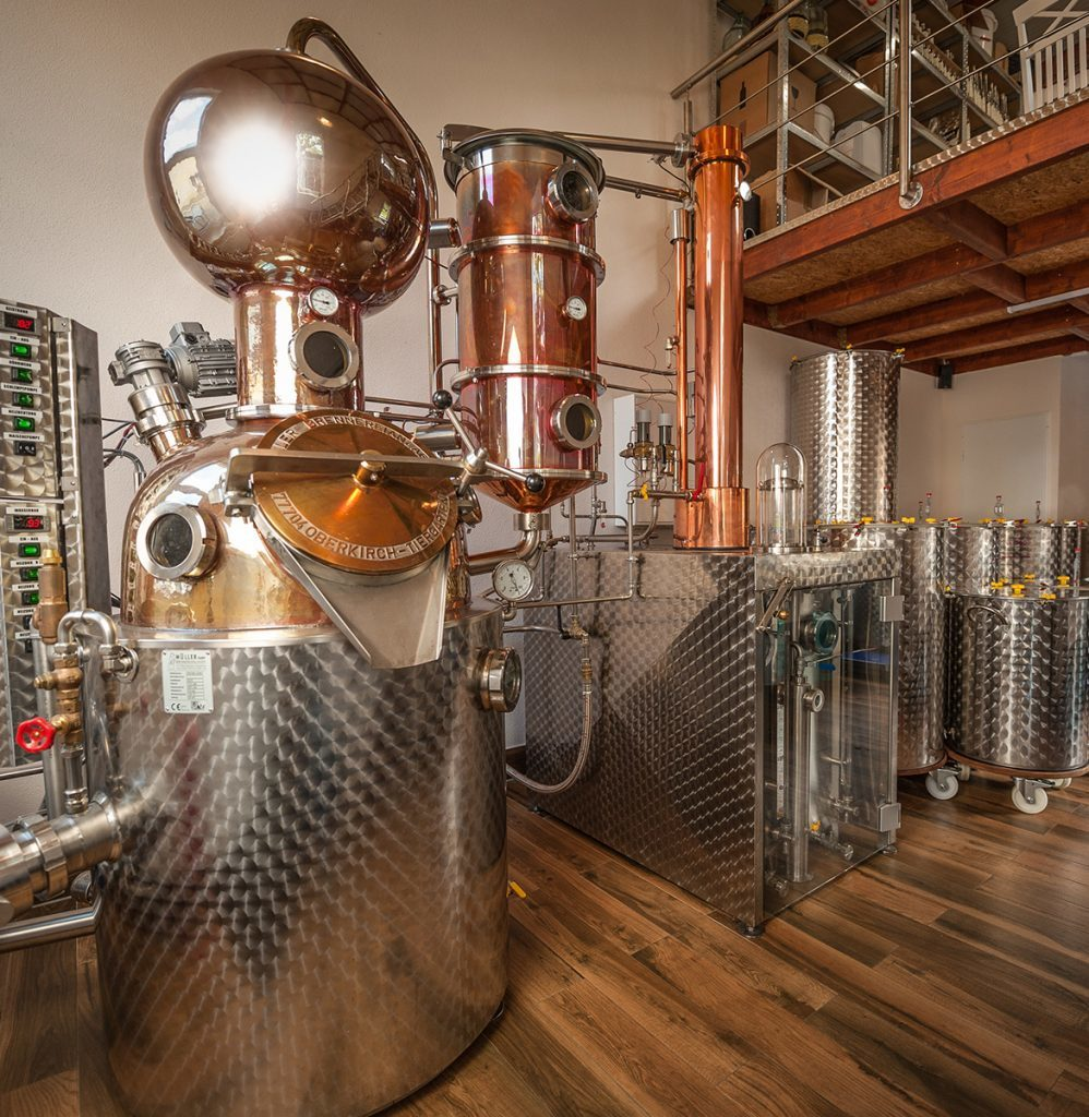 Feinbrandmanufaktur Eric Brabant, Marbach in Striegistal Obstbrände, Kräuterliköre, Gin und Whisky